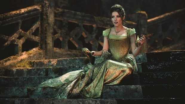 "Cinderella in the movie ""Into the wood"", deciding whether to leave or not the shoe behind her"