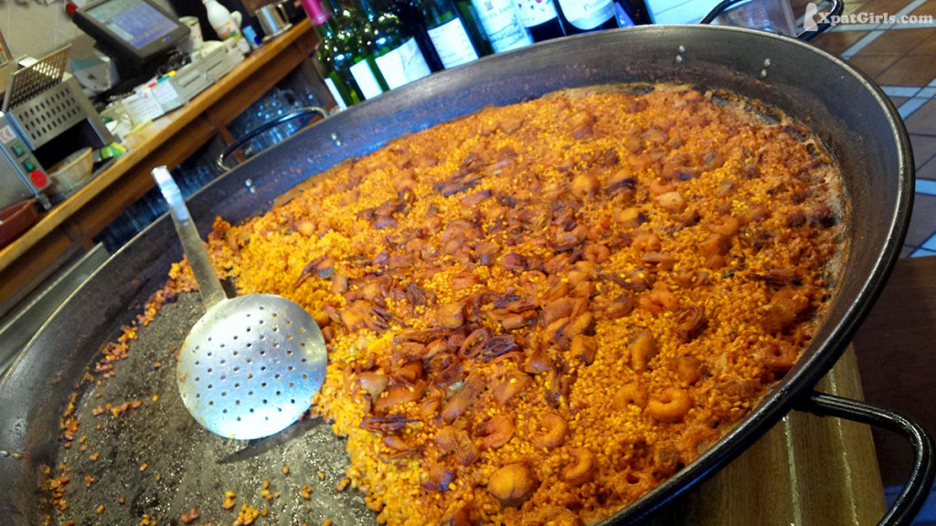 Paella Valenciana – the best in the world