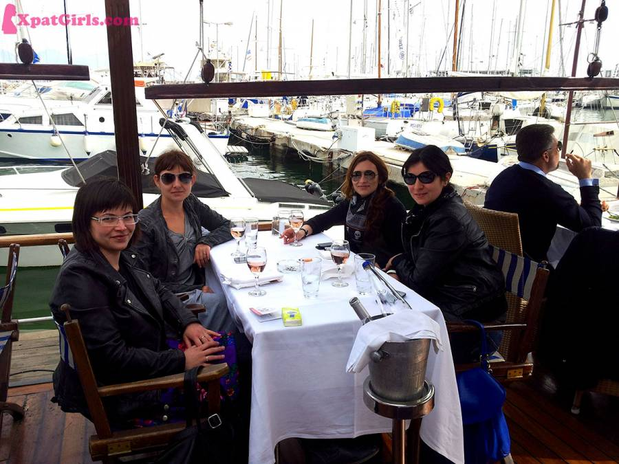 Having an early drink, oops, I meant lunch, in The Piraeus Port