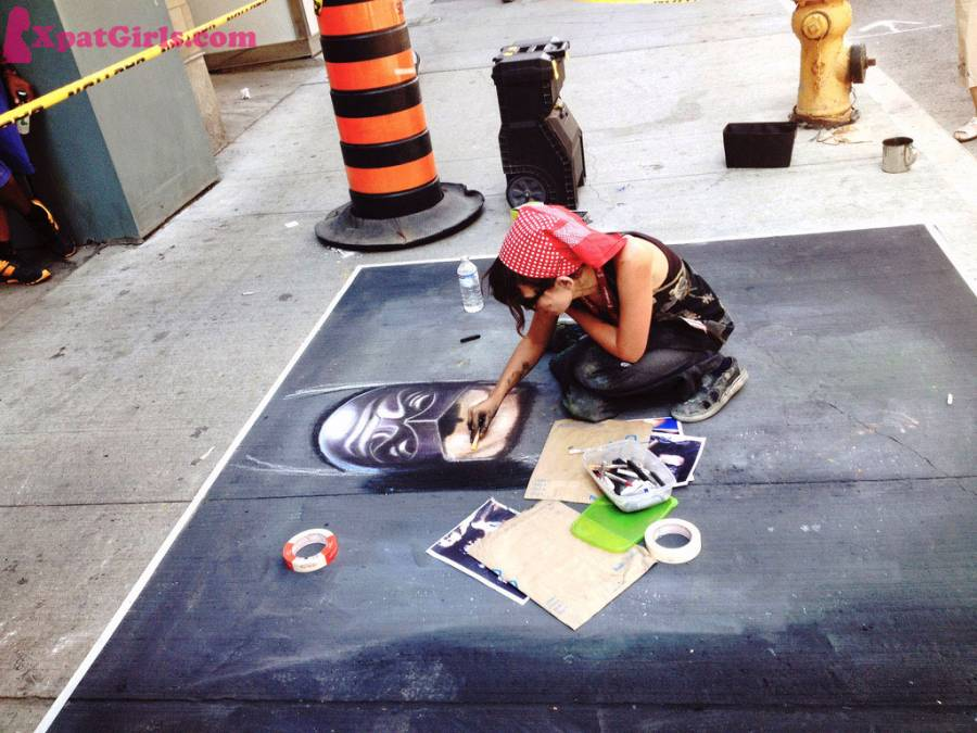 Toronto always has an event or festival going on every month. In August last year, I attended Buskerfest - an event that raise awareness about epilepsy.