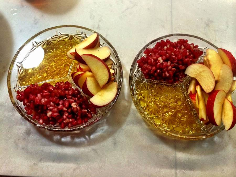 Apple, honey & seeds of pomegranate for a sweet year